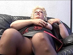Bettanie stretching and rubbing her..