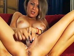 Milf Wants You to Tease Her Pussy with..