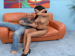 Priya Rai and Barry show us some good..