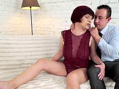 Elderly Donatella wants to be ravished..