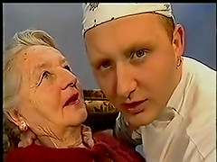 Granny french kissing