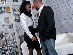 Isabella Chrystin seduced by a..