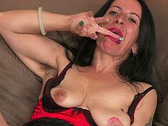 Mature brunette Nina Swiss adores..