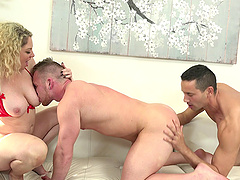 Bisexual Owen ravishing pussy while..
