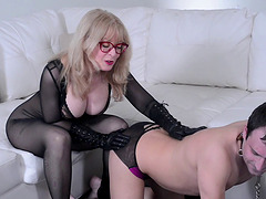 Nina Hartley and a hot redhead play..