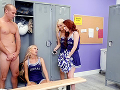 Cheerleader Lyra Law getting banged by..