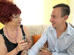Mature woman Donatella craves to be..
