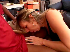 Awesome interracial pussy drilling..