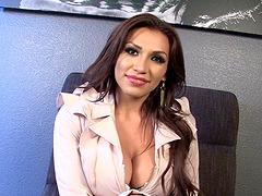 Hot assplay with Jessy Dubai who..