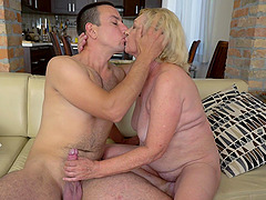 Mature woman Irene gets frisky with a..