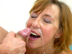 Mature chick Lotty Blue knows how to..