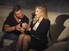 Stunning blonde Vittoria Risi wants to..
