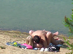 PUBLIC BEACH Suck and Fuck CAUGHT On..