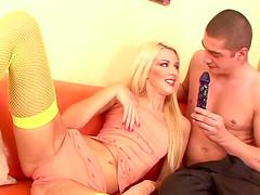 Skinny chick Cherry Jul offers her..