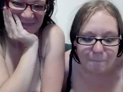 MATURE CAM GIRLS PLAY WITH SEXTOYS