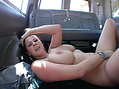 Gianna doesn't mind to have a fuck..
