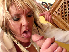 Mature blonde Mandy Milton fucked by a..