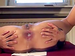 Hot chick getting her brown pussy and..