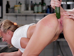 Cecilia De Lys lets a fellow penetrate..