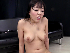 Mao Hamasaki squirts after playing..