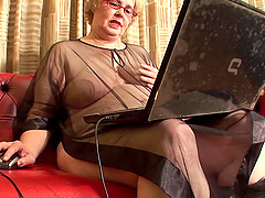 Mature chick Gijsje enjoys riding her..