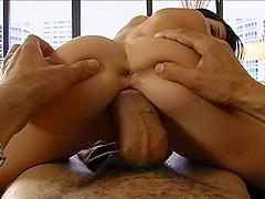 A sexy Spanish girl sucks a big cock..
