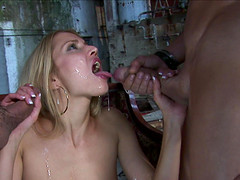 Blondie Julie Silver goes down on two..