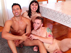Kinky Cadence Lux and her hot friends..