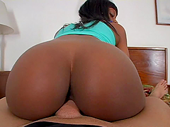 Sexy ebony babe with proper shapes..
