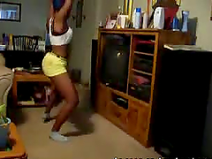 Two amateur black hotties dancing and shaking their asses