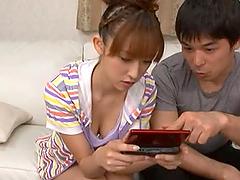 Maho Uruya shows her fascinating..