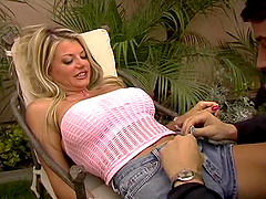 Vicky Vette fucks Julian after he..