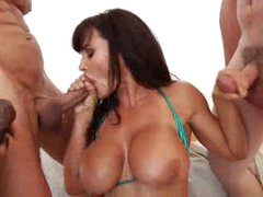 Bukkake for pornstar Lisa Ann