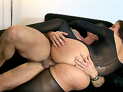 Awesome Anal Sex with Simone Peach's Tight Big Ass