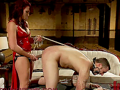 Dominatrix Gets Fucked and Fucks with Strapon in Femdom Vid