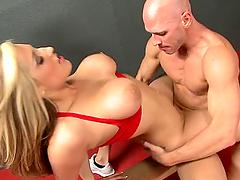 Flexible Busty Slut Dayna Vendetta in..