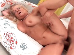 Saggy granny getting pumped by horny..
