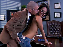 Asa Akira Gets Drilled By her Horny..