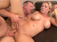 Rough Sex With The Hot Milf Devon Lee