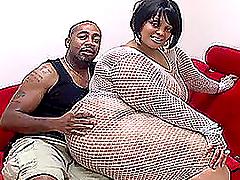 Big Chubby Ebony Slut Gets On All..