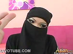 Covered Up Arab Hottie Sucks And Fucks..