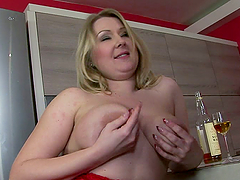 Chubby love with a fat blond girl..