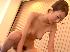 Gorgeous Japanese Mature Beauty in Hot..